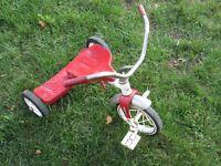 Tricycle pour enfant en métal