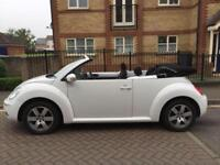 Volkswagen Beetle cabriolet convertible 1.6 2011 60 plate Sola 44000 miles white