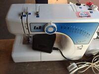 E&r sewing Machin for sale