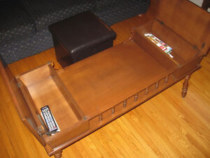 Antique Coffee Table with Cool Storage Drawers Peterborough Peterborough Area image 2