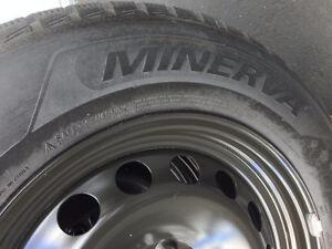 4 Pneus Hiver MINERVA 235-65-17 + Rims HONDA ODYSSEY