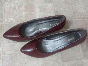 BRAND NEW ladies shoes from Dubai Kitchener / Waterloo Kitchener Area image 2