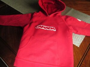 Hooded sweater (size 5)