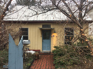 Leslieville Cottage - detached - private - cozy - immed. avail.