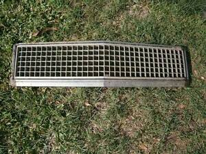 Original Holden Kingswood Grille to suit HJ, HX & HZ Kingswoods Coopers Plains Brisbane South West Preview