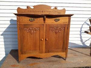 ANTIQUE JAM CUPBOARD OR SIDEBOARD  STUNNING!!!!!245.00 OBO