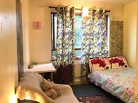 Huge double room at kings Cross station ! zone 1,£850/month incl bills - LSE,UCL ,Kings,city Student