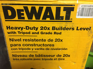 """""""New"""" DEWALT 20X Builder's Level Package with Tripod and Rod"""
