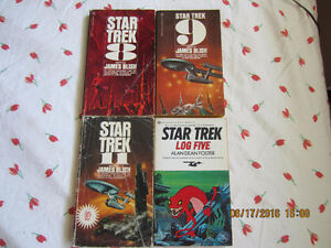 Vintage Star trek books (1977)