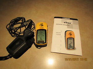 Garmin 12 Channel GPS   etrex