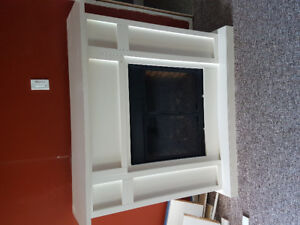 Electric 110V fireplace and mantle hearth