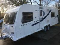 ☆ 2013/14 BAILEY PEGASUS 2 BOLOGNA ☆ TWIN AXLE ☆ FIXED BED TOURING CARAVAN ☆