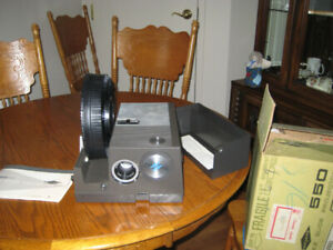 Sawyer's Slide Projector, 550 RF