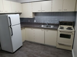 **RENOVATED 1 BEDROOM THOROLD**