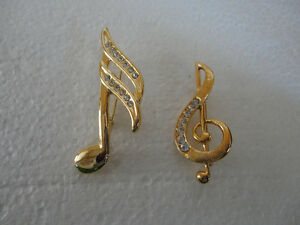 Vintage golden set of 2 musical notes women's brooche pin