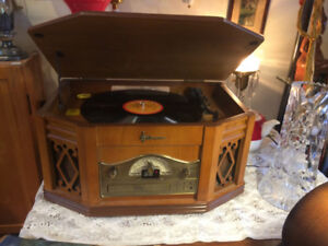 Emerson Record CD and Tape Player