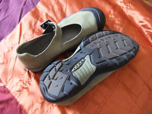 For Sale:  Woman's KEEN shoes
