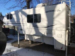 For Sale! 2006 Northern Lite Camper $17,500
