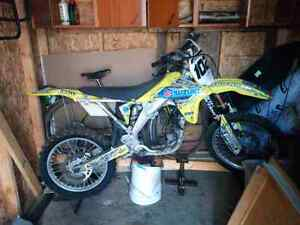 2005 Suzuki RMZ 450 part out