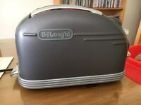 Delonghi two slice toaster