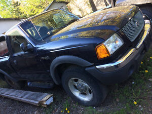 2002 4x4 Ford Ranger ($1000 or Best Offer)