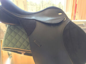 Black Thorowgood All Purpose Saddle For Sale