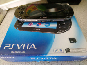 PS VITA CRYSTAL BLACK + 8GB MEMORY CARD