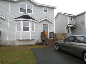 3 Bedroom house for rent Available immediately $1350