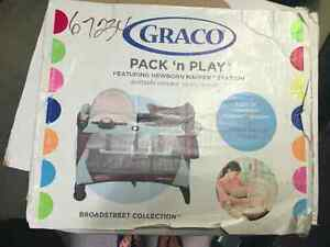 GRACO PACK N PLAY North Shore Greater Vancouver Area image 1