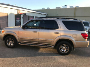 2007 Toyota Sequoia Limited SUV,    GREAT SUV