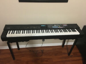 Yamaha CP50 piano (88 weigted keys) - Mint condition!