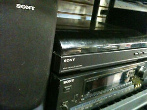SONY TURNTABLE SONY RECEIVER SONY SPEAKERS 5 FREE LP's