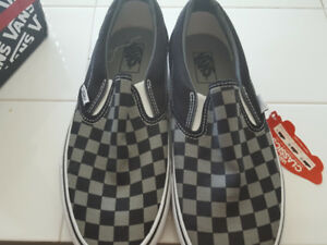 VANS classic slip-ons checkered shoes size 8.5