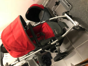 Uppababy Vista for sale $240.00 with bassinet and Graco adaptor