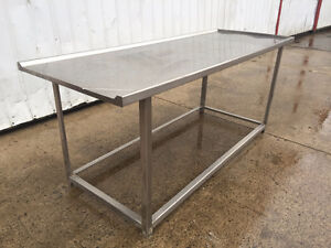 STAINLESS STEEL WORK TABLE - RAISED EDGE - DRAIN TROUGH