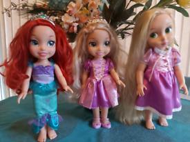 3 Disney Dolls