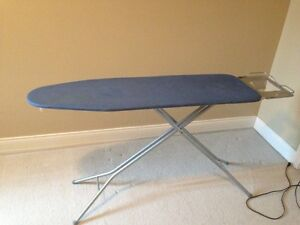 Ironing board: in very good condition
