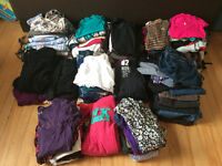 GROS Lot de vêtements pour jeune femme - 200 articles! PAS CHER