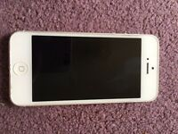 iPhone 5 | White | 16GB