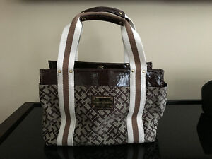 Tommy Hilfiger Small Women's Tote - BRAND NEW