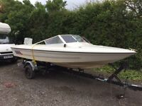 VINTAGE 1980'S FLETCHER BRAVO 18FT 4 MAN SPEED BOAT WITH A HUGE RETRO CHRYSLER 70HP OUTBOARD.