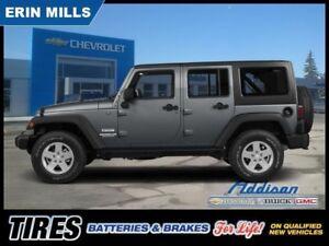 2015 Jeep Wrangler Unlimited Sahara  AUTO HARD  SOFT TOP NAVI