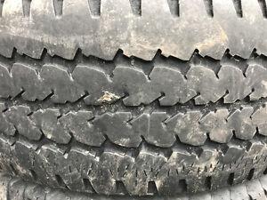 pneu lt245/70r17
