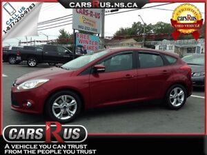 2013 Ford Focus SE.....Includes 4 FREE winter tires!!
