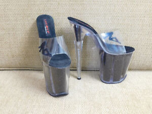 3dfd0c77774 Pleasers | Buy or Sell Women's Shoes in Ontario | Kijiji Classifieds