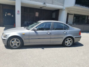 BMW 325i 2004 in Excellent Condition