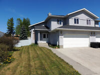 Beautiful Duplex , double attached garage - Hinton