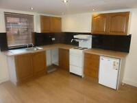 1 bedroom flat in Hares Mount, Chapeltown, LS8