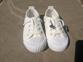 New Toddler shoes infant size 4