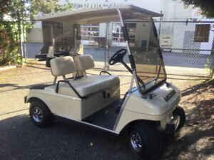 ELECTRIC GOLF CART - CLUB CAR